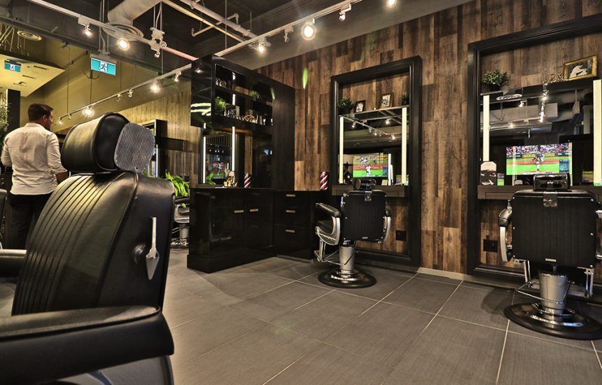 regal-grooming-lounge-barber-chairs-tv-1000x640