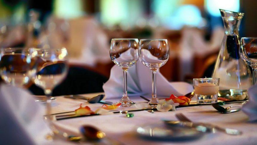 Top-Five-Romantic-Dinner-Restaurants-in-Los-Angeles-feature-1024x581.jpg
