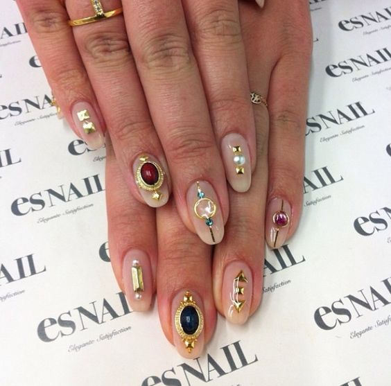 Fall/ Winter 2018-2019 Nail Trends – Konfashionable Mind